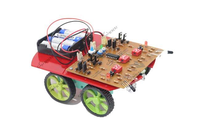 کیت رباتیک تعقیب خط، ربات نوریاب و ربات حل ماز