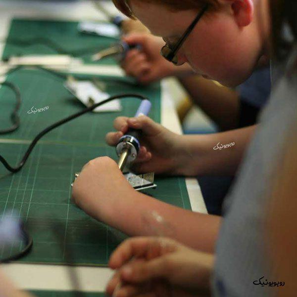 آموزش الکترونیک به کودکان، آموزش الکترونیک،روبویونیک،رباتیک آروند، الکترونیک برای کودکان، آردوینو، آموزش آردوینو، آردوینو برای کودکان