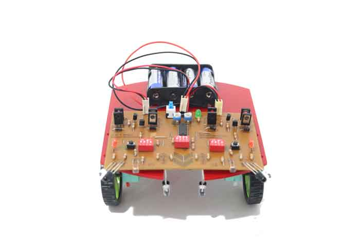 خرید کیت ربات تعقیب خط ربات مسیریاب ربات حل ماز