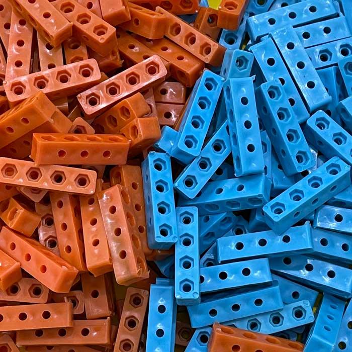 بسته شگفت انگیز   100 عددی   سازه رباتیک ضخیم i4